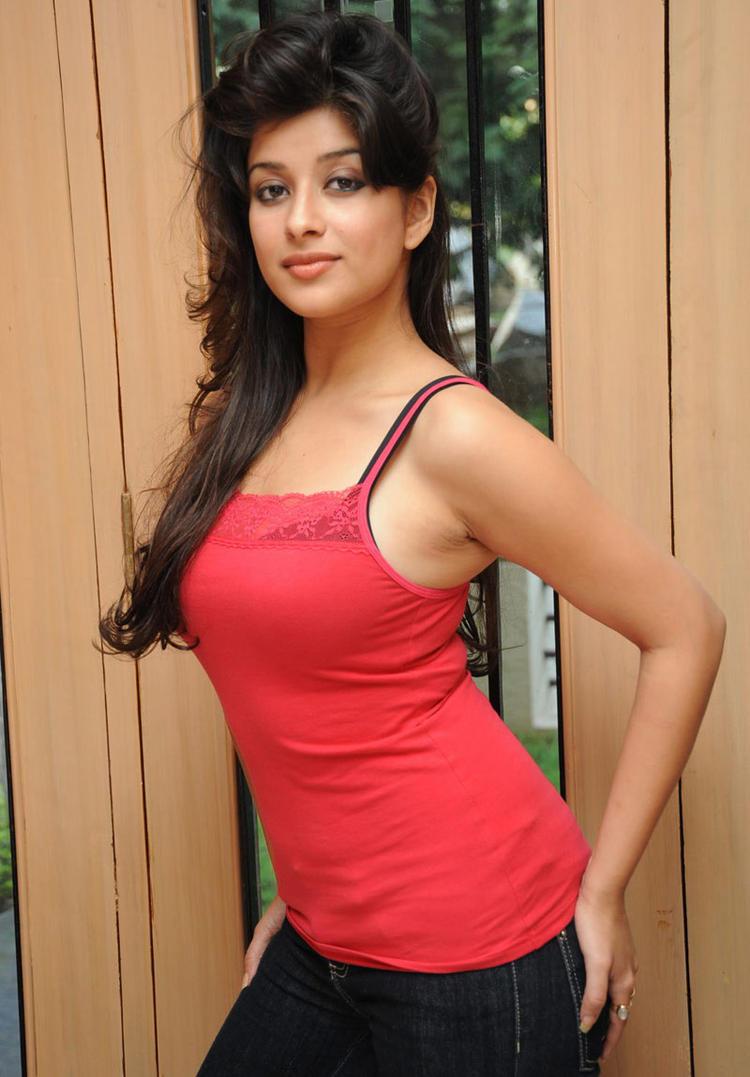 Madhurima Hot Photo Shoot