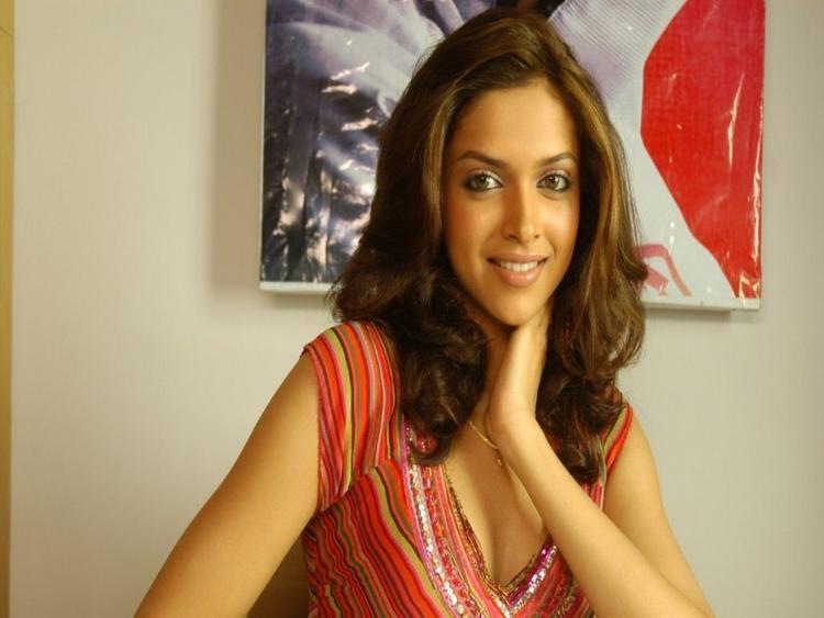 Deepika Padukone Sweet Still