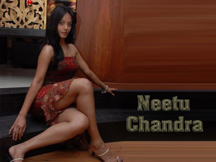 Neetu Chandra Milky Les Pic