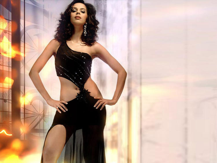 Mallika Sherawat Hot Dressing Pic