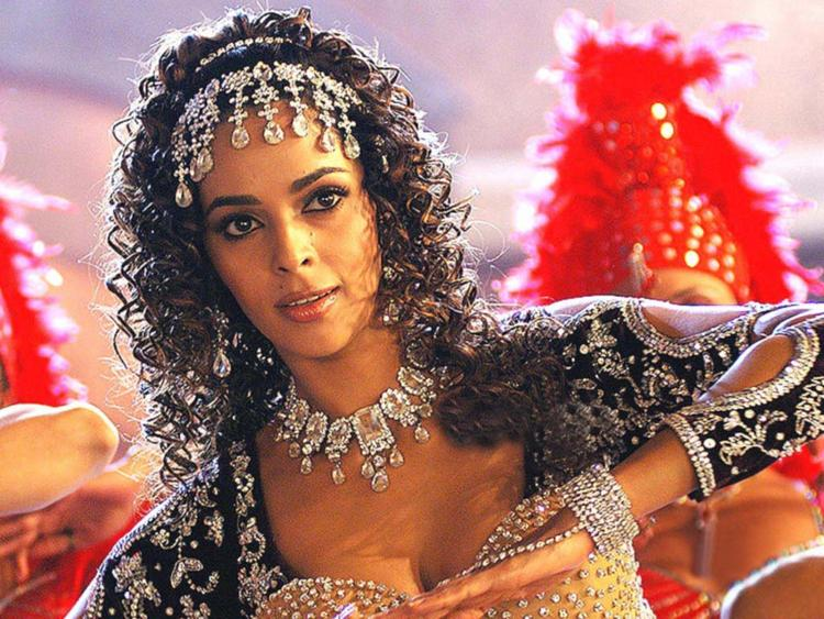 Mallika Sherawat Sexy Dance With Curly Hair