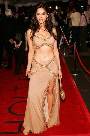 Mallika Sherawat Sexy Navel Still In Sexy Dress