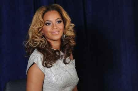 Beyonce Knowles Glamour Still