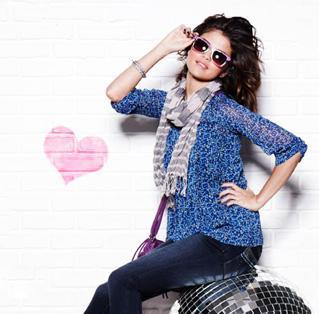 Selena Gomez Stylist Pose Photo Shoot