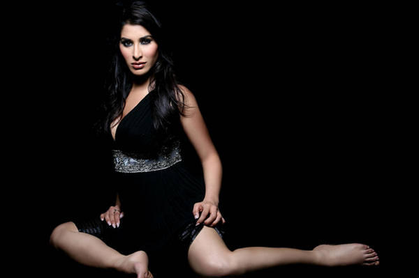 Sophie Chaudhary FHM Hot Photoshoot