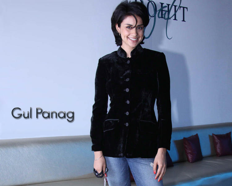Gul Panag Black Blazer Hot Wallpaper