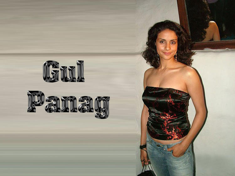 Gul Panag Open Boob show Gorgeous Wallpaper