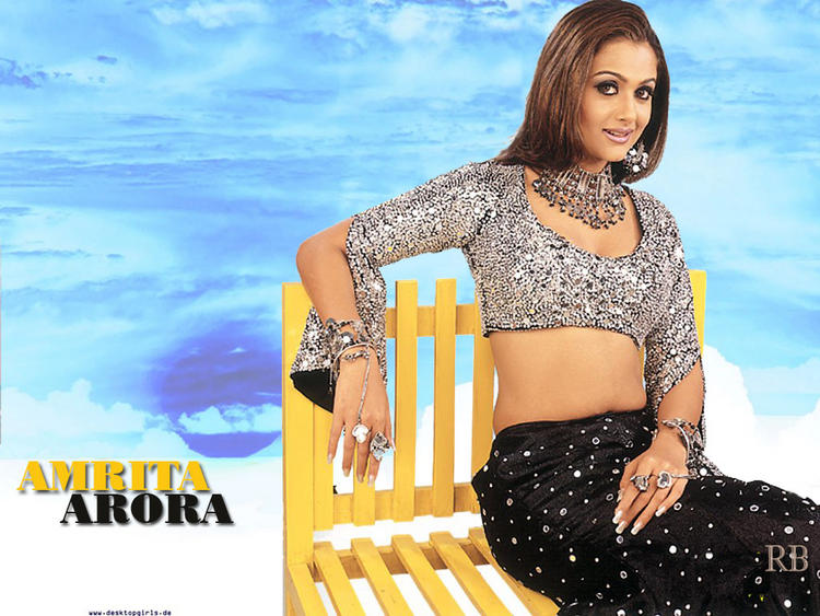 Amrita Arora Awesome Look Wallpaper