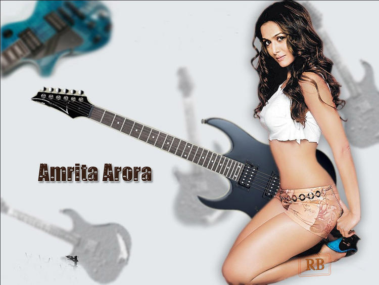 Amrita Arora Mini Skirt Hot Wallpaper