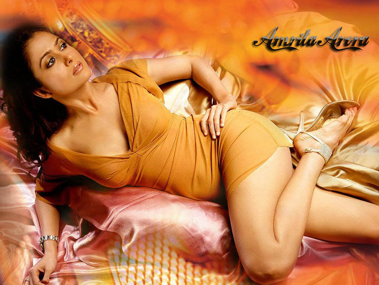 Amrita Arora Spicy Look Wallpaper