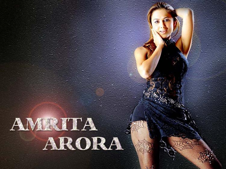 Amrita Arora Spicy Pose Wallpaper