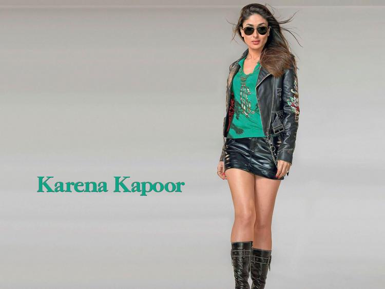 Kareena Kapoor Mini Dress Stylist Wallpaper
