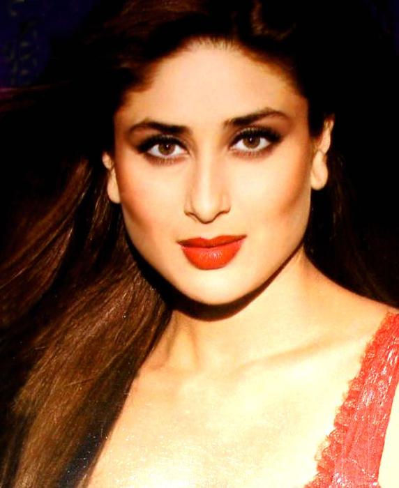 Kareena Kapoor Red Lips Gorgeous Wallpaper