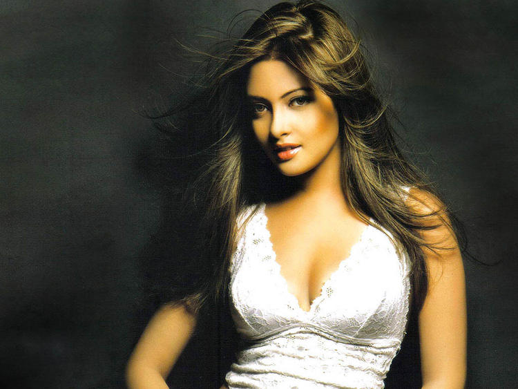 Riya Sen Romantic Face Look Wallpaper