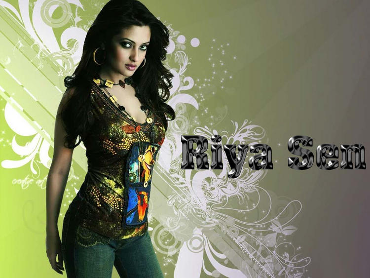 Riya Sen Sexy Look Wallpaper