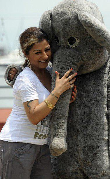 Bollywood Playback Singer Hard Kaur Poses With PETA