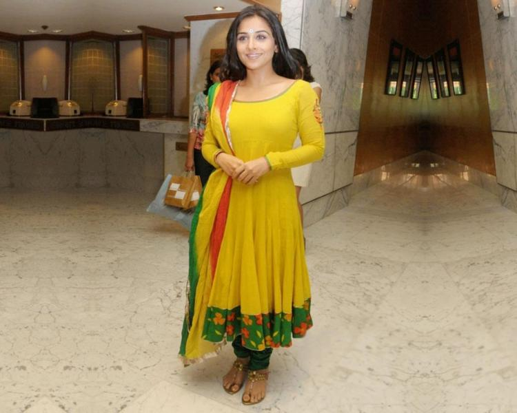 Vidya Balan Beauty Still In Churidar
