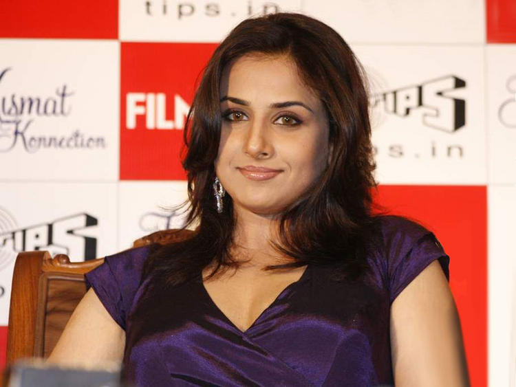 Vidya Balan Close Up Photo