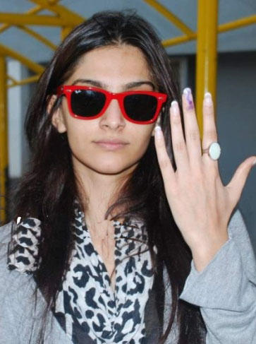 Sonam Kapoor Election Vote Still