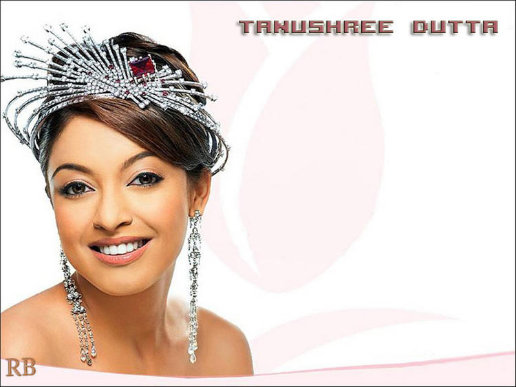Tanushree Dutta Awesome Look Wallpaper