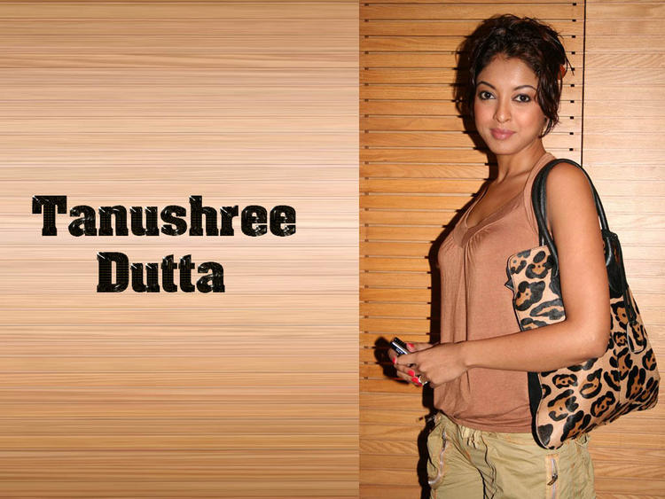 Tanushree Dutta Rock Hair Style Wallpaper