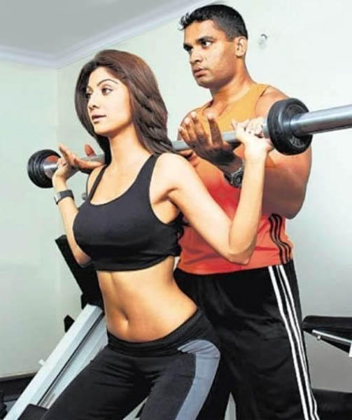 Shilpa Shetty Gym Still