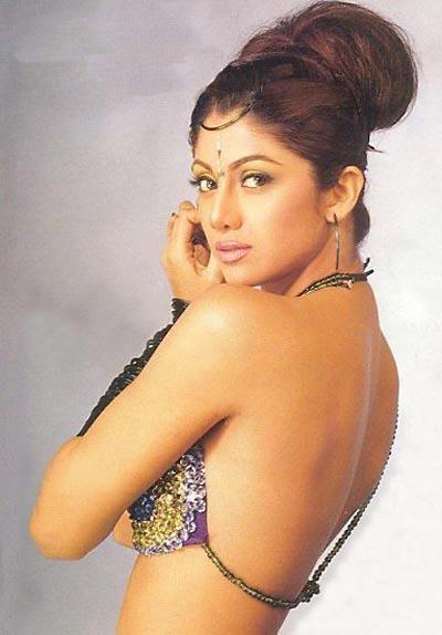 Shilpa Shetty Sexy Back Bare Still