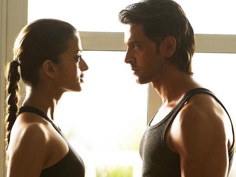Aishwarya Rai with Hrithik Roshan Hot Still
