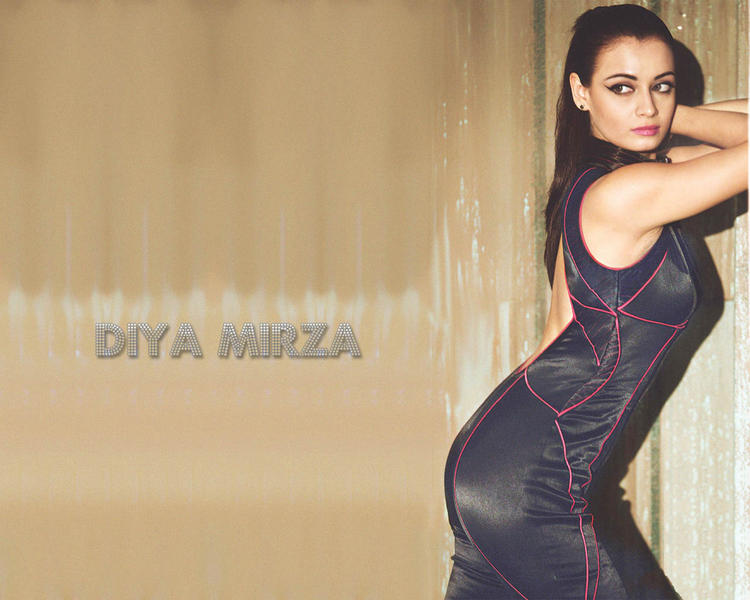 Diya Mirza Latest Hottest Wallpaper