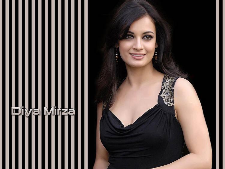 Stunning Beauty Diya Mirza Wallpaper