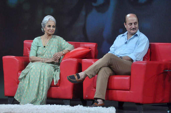 Waheeda Rehman,Anupam Kher on Raveena's NDTV Chat Show