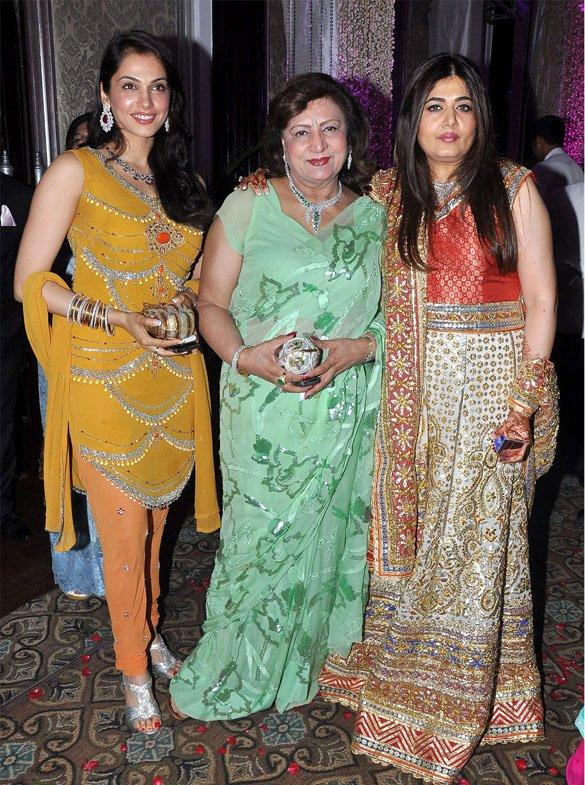 Isha Koppikar with Mom and Debbie Hitkari at the Engagement Ceremony