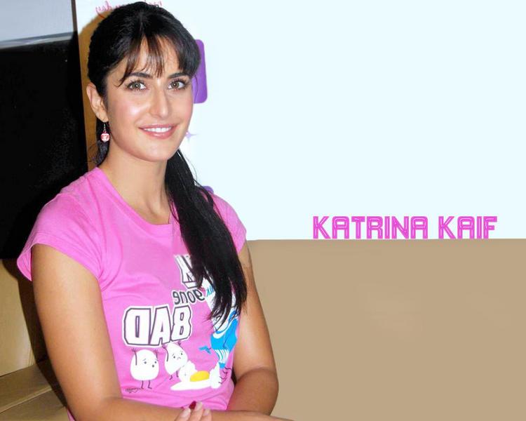 Katrina Kaif Cute Wallpaper With Pink Tops