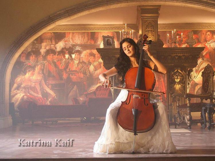 Katrina Kaif Playing Violin