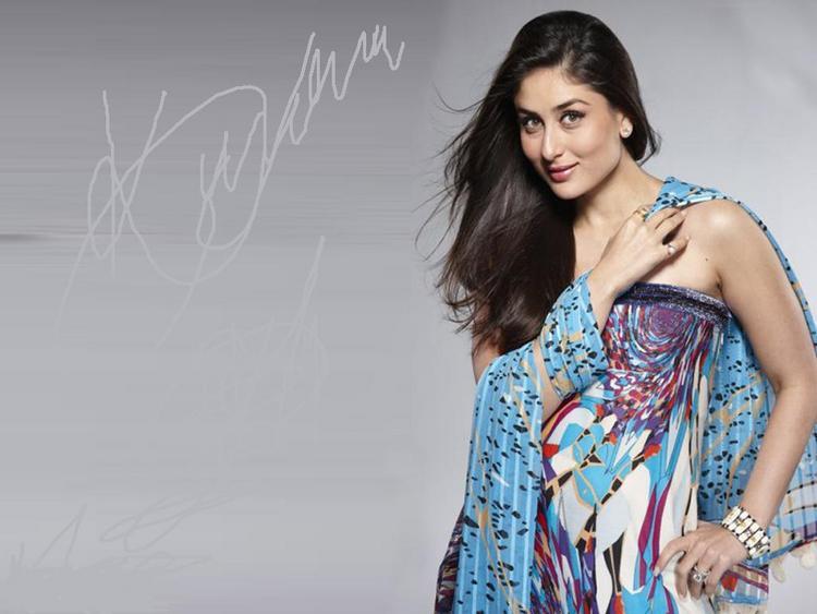 Kareena Kapoor Romantic Look Wallpaper