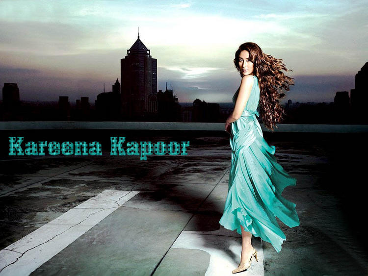 Kareena Kapoor Sexy Dress Wallpaper With Curly Hair