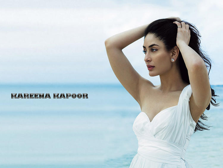 Kareena Kapoor White Dress Sexiest Wallpaper