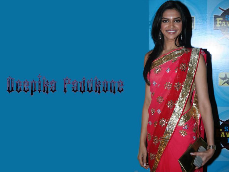Deepika Padukone Gorgeous Saree Wallpaper