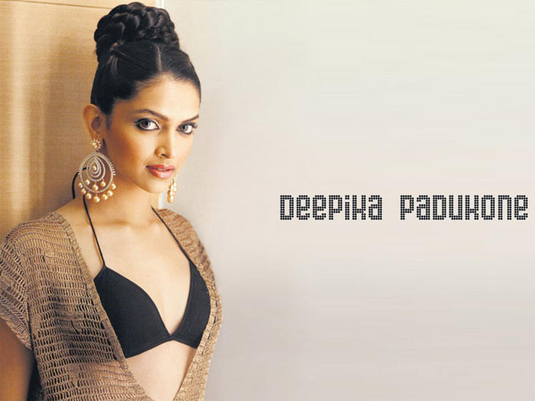 Deepika Padukone Opening Dress Wallpaper