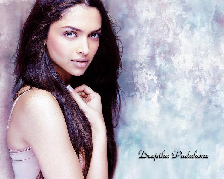 Sexy Deepika Padukone Wallpaper