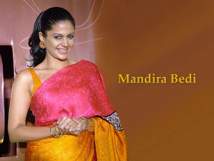 Mandira Bedi Sweet Gorgeous Wallpaper