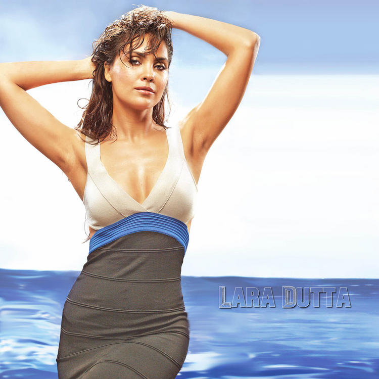 Hot Actress Lara Dutta Wallpaper