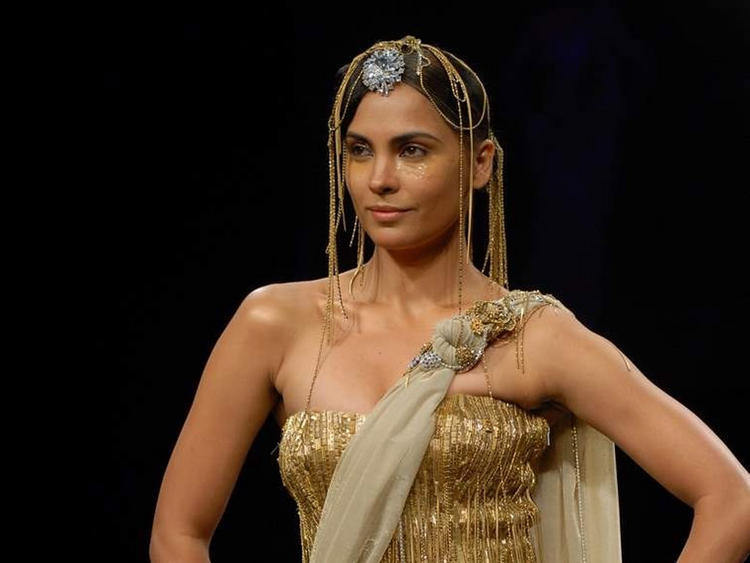 Lara Dutta Latest Hot Wallpaper