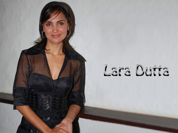 Lovely Lara Dutta Wallpaper
