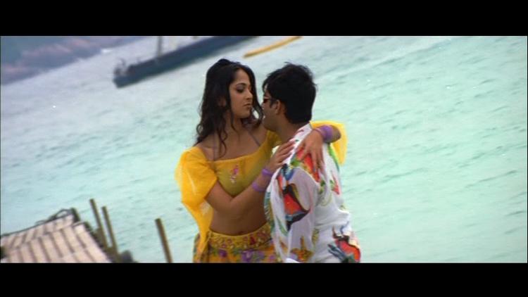 Anushka and Madhavan Mobila Mobila Song Still
