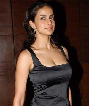 Gul Panag Open Boob Show Hot Still