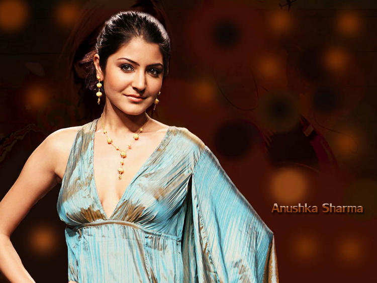 Anushka Sharma Beauty Face Wallpaper