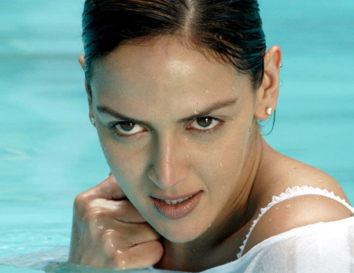 Esha Deol Latest Sexy Photo