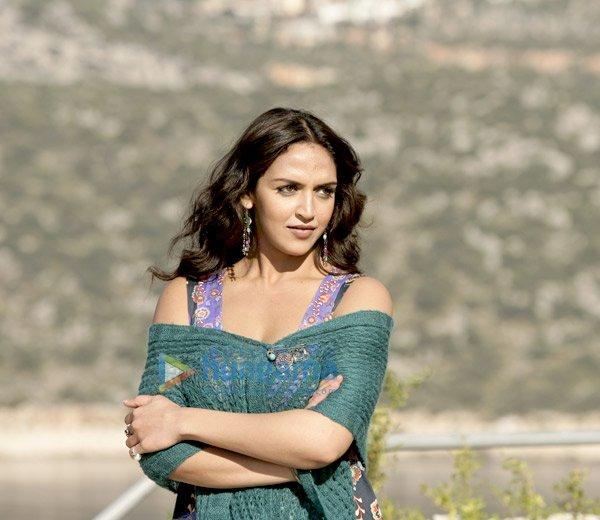Tell Me O Khuda Movie Esha Deol Stunning Beauty Still