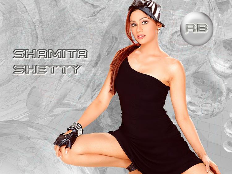 Hot Glam Actress Shamita Shetty Wallpaper
